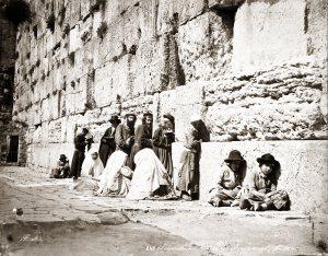 1870 photo showing Jews praying at the Western Wall. Credit: Felix Bonfils