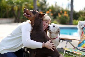 Dr. Mary Gardner, a veterinarian, co-founded an in-home pet hospice and euthanasia service called Lap of Love. Credit:  J. Emilio Flores for The New York Times