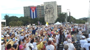 Worshippers gather for the Papal Mass in Cuba