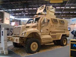 International MaxxPro Category 1 MRAP. Credit: Grippen / Wikkipedia)