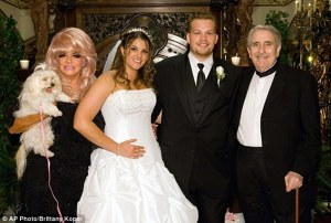 The accuser woth her grandparents, the accused Crouches, onher wedding day. (Credit: Daily Mail)