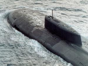 1280px-Submarine_Oscar_class